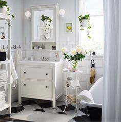 space creating ideas bathrooms badezimmer einrichtung und wohnen. Black Bedroom Furniture Sets. Home Design Ideas