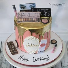 """A makeup lovers dream… New design a… – Lace Wedding Cake Ideas Makeup Birthday Cakes, 19th Birthday Cakes, 17 Birthday Cake, Birthday Cakes For Women, Birthday Cake Decorating, Sweet 16 Birthday, Make Up Cake, Girl Cakes, Themed Cakes"