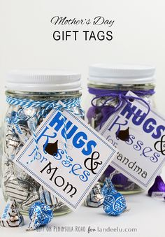 Cute & EASY DIY Mother's Day Gift Idea - Hug and Kisses for Mom {or Grandma} with FREE printable gift tags! landeelu.com