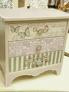 New Ideas For Shabby Chic Bedroom Furniture Diy Dressers Decor, Chic Furniture, Shabby Chic Dresser, Shabby Chic Bedroom Furniture, Redo Furniture, Repurposed Furniture, Recycled Furniture, Furniture Makeover, Decoupage Furniture