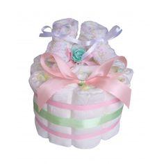 Ravissant petit gâteau de couches tout en tendresse dans les tons vert pâle et rose. Cadeau Baby Shower, Rose, Green, Pink, Roses