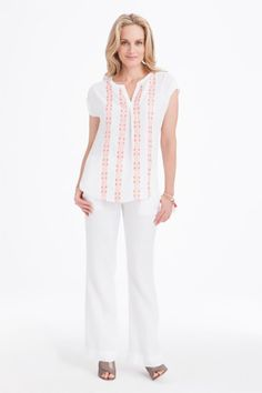 Linen shirts and pants are the anthem for spring! See how to wear our #Foxcroft linen pieces on the blog.