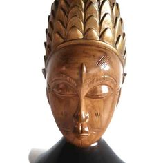 Source Kulango Pineapple Mask by House of Avana Unique Colors, Different Colors, A Table, Table Lamp, West Africa, Luxury Interior, Natural Wood, Hand Carved, Pineapple