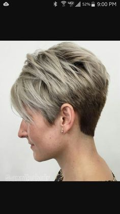 Gallery of Most Popular Short Pixie Haircut for Pixie Cuts We Love in 2017 – Pixie Hairstyles from Classic to … Easy Short Haircuts, Cute Hairstyles For Short Hair, Pixie Hairstyles, Short Hair Styles, Beautiful Hairstyles, Straight Haircuts, Ladies Hairstyles, Pixie Styles, Popular Haircuts