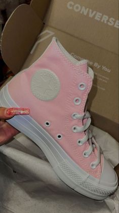 Dr Shoes, Swag Shoes, Hype Shoes, Mode Converse, Converse Shoes, Converse High, Jordan Shoes Girls, Girls Shoes, Sneakers Fashion