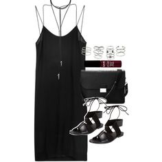Outfit with a slip dress and sandals