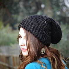 Gorro en diferentes colores a eleccion $6.OOO Maria Jose, Knitted Hats, Winter Hats, Knitting, Instagram Posts, Fashion, Beanies, Colors, Moda