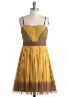 Mustard the Courage Dress. The idea of stepping out of your comfort zone is always a little scary, but if you put on this mustard dress from Ryu, your inner confidence may just give you the extra push that you need. Grad Dresses, Bridesmaid Dresses, Yellow Midi Dress, Mustard Dressing, Retro Vintage Dresses, Mod Dress, 1960s Fashion, Unique Dresses, Beautiful Dresses