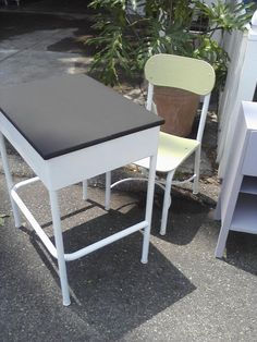 Just scored two of these desks for the kids' playroom.  This is just what I plan to do with them.  But I might paint them red instead of white!