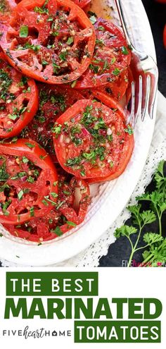 An easy recipe with simple ingredients, this Marinated Tomatoes Salad is the perfect recipe to use up tomatoes from your garden! This recipe is scrumptious on its own as a salad, makes the best marinated tomatoes for bruschetta, or is great as a versatile Marinated Tomato Salad Recipe, Marinated Tomatoes, Bruschetta Salad Recipe, Tomato Bruschetta, Easy Healthy Recipes, Real Food Recipes, Easy Meals, Cooking Recipes, Easy Tomato Recipes