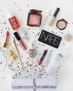 A UK beauty blog run by a trained Make-up Artist.