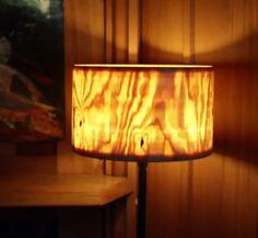 Video: Luxusní stínítko na lampičku z kmene stromu :http://www.4myhome.cz/video-luxusni-stinitko-na-lampicku-z-kmene-stromu/
