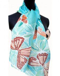 Hand painted silk scarf  Zijden sjaal met de hand beschilderd 140 x 40 cm  (55 x 15, 5) inches
