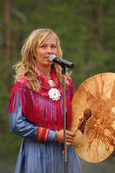 Picture of Sofia Jannok-Swedish sami singer. Davadat (west bound wind): http://youtu.be/Y01Zh3tvX9g