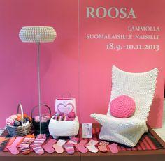 ROOSA Lämmöllä suomalaisille naisille -Näyttely 2013