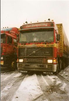 Expand Furniture, Volvo Trucks, Vintage Trucks, Middle East, Old School, Volkswagen, Transportation, Legends, Cars