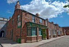 Articles - Attractions - Coronation Street - Visit Manchester - The official tourism website for Greater Manchester Coronation Street Set, Attraction, Visit Manchester, Visit Britain, Tourism Website, Family Days Out, Great Britain, Night Life, Trip Advisor