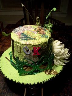 St Patty's day hat/centerpiece by TwiceBeloved on Etsy, $55.00