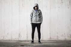 We feature Adidas Beckenbauer, NikeLab Gyakusou, New Balance Nike Tech and Patagonia in this guide to 5 Stylish Winter Workout Gear Essentials. Nike Tech Fleece Pants, Mens Fashion Casual Wear, Mens Outdoor Jackets, Tech Pack, Sport Inspiration, North Face Fleece, Mens Fleece, Men Street, Workout Gear