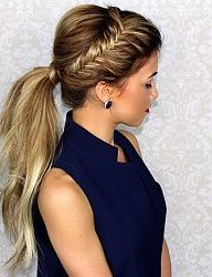 Messy Ponytail with a Dutch Braid Why should simple French and Dutch braids get all the glory in the hair world? Go for a slightly more complex braided look with a fishtailed messy ponytail. This look is ideal for second- or third-day hair! Messy Ponytail Hairstyles, Up Hairstyles, Pretty Hairstyles, Side Braid Into Ponytail, Prom Ponytails, Messy Fishtail Braids, Ponytail Ideas, French Fishtail, Side Ponytails