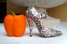 HIGH HEELED ART MINIATURE SHOES-www.highheeledartminiatureshoes.blogspot.com