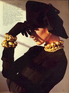 """80s-90s-supermodels: """" """"Perfect Compliments, Inside And Out : News In Accessories"""", Vogue US, August 1985 Photographer : Steven Meisel Model : Vanessa Duve """""""