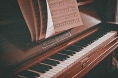 a little life by hanya yanagihara The Piano, Music Aesthetic, Brown Aesthetic, Autumn Aesthetic, Aesthetic Dark, Aesthetic Vintage, Piano Wallpaper, We Heart It, Leelah
