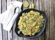 Mango Salat, A Food, Food And Drink, Fried Rice, Mozzarella, Risotto, Healthy Recipes, Healthy Food, Cooking