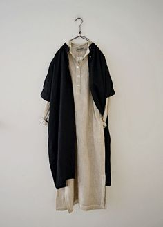 Honnete 단추 린넨 튜닉원피스(b) Muslim Fashion, Hijab Fashion, Korean Fashion, Fashion Dresses, Modest Outfits, Casual Outfits, Mein Style, Vestido Casual, Japanese Outfits