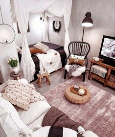 White shading is your companion so doesnt dither to utilize it. You can likewise bring a touch of bohemian magnificence inside with white couch and Living Room Sectional, Living Room Furniture, Living Room Decor, Bedroom Decor, Bedroom Ideas, Bedroom With Couch, Design Bedroom, Dining Room, Scandi Living