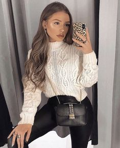 beautiful and easy fashion outfit ideas Casual Fall Outfits, Edgy Outfits, Simple Outfits, Fashion Outfits, Womens Fashion, Estilo Fashion, Look Fashion, Knitwear Fashion, Outfit Goals