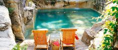 Photos: Beautiful pool in a limestone quarry