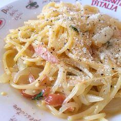 お昼ごはんに作ったカルボナーラ♡パスタは簡単に美味しくできるからとても好きなのです! - 16件のもぐもぐ - カルボナーラ by zukkoliini