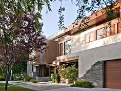 """Amazing Private House in  Beverly HillsDesignRulz30 July 2012An architectural achievement by Leonardo Umansky in the much coveted 800 block of the flats in Beverly Hills. Featured in """"The... Architecture Check more at http://rusticnordic.com/amazing-private-house-in-beverly-hills/"""