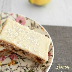 Lemon & Date Slice is such a classic recipe. and is absolutely delicious! A delicious date filled base covered in tangy lemon icing. Date Slice, Baking Recipes, Cake Recipes, Freezer Recipes, Delicious Desserts, Yummy Food, Lemon Desserts, Thermomix Desserts, Lemon Recipes Thermomix