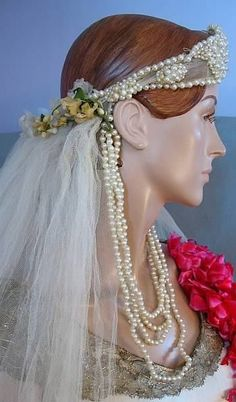 Headpiece Vintage 1920 - all great but might do away with the hanging pearls but everything else is awesome!