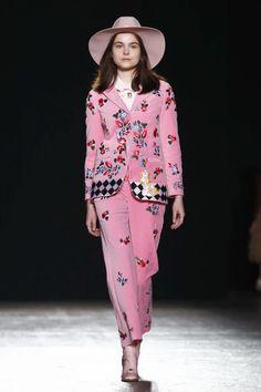 Vivetta Ready To Wear Fall Winter 2016 Milan - NOWFASHION