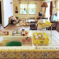 Cozy Kitchen, Kitchen Decor, Grunge Bedroom, Retro Room, Cute House, Interior Decorating, Interior Design, Colorful Interiors, Home Kitchens