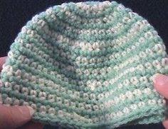 Crochet Geek - Beginner Crochet instructions, free video tutorials, patterns and written instructions. Learn to crochet. Crochet Baby Cap, Crochet Preemie Hats, Crochet Geek, Crochet Beanie Hat, Crochet For Kids, Hand Crochet, Knit Crochet, Crochet Videos, Single Crochet