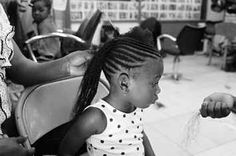 A Photographer Is Taking Beautiful Photos Of Black Girls Getting Their Hair Done