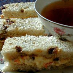 carrot cake sandwiches