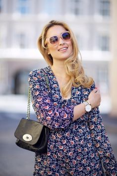 Ingrid Holm Blog - Floral playdress, Mulberry Lily - RIA PLUNGE FRONT BOHEMIAN FLORAL PLAYSUIT Boohoo