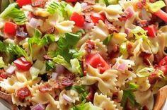 Vynikající oběd za 20 minut z jedné pánve Blt Pasta Salads, Easy Pasta Salad, Pasta Salad Recipes, Healthy Diet Recipes, Healthy Snacks, Cooking Recipes, Veggie Recipes, Orzo, Salads For A Crowd