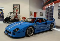 Blue Ferrari With Tricolore Stripe Is A Head Turner Der blaue Ferrari mit dreifarbigem Streifen ist ein Hingucker Ferrari F40, Maserati, Lamborghini Gallardo, Will Turner, Lowrider Trucks, Mc Laren, Sweet Cars, Mclaren P1, Nissan 370z