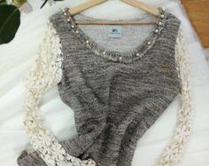 Articoli simili a Lace sleeves top su Etsy Lace Sleeves, Bodysuit, Women, Fashion, Bead, Onesie, Moda, Women's, Fashion Styles