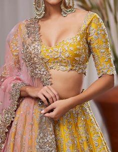 Heavy zardozi and sequence embroidery lehenga wedding lehenga designer lehenga Indian wedding lehenga Hindu wedding Indian Gowns Dresses, Indian Fashion Dresses, Indian Designer Outfits, Maxi Dresses, Casual Dresses, Fashion Outfits, Indian Wedding Lehenga, Bridal Lehenga Choli, Pakistani Wedding Decor