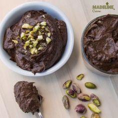 Budinca de avocado si ciocolata - Madeline's Cuisine