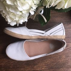 NWOT UGG Cicily shoes NWOT but with box size 9.5 UGG Cicily shoe. Super cute and comfortable but they don't fit me right! Offers welcome, no trades. UGG Shoes Flats & Loafers