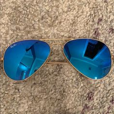 5d00f4eb Lighter (than the other posted pair) blue aviator Lightly worn blue aviators  Ray-