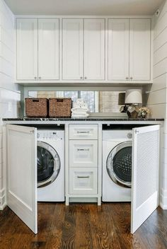 50+ Inspiring Functional And Stylish Laundry Room Design Ideas #laundryroomdesign #laundryroomideas #laundryroomremodel » Out-of-darkness.com